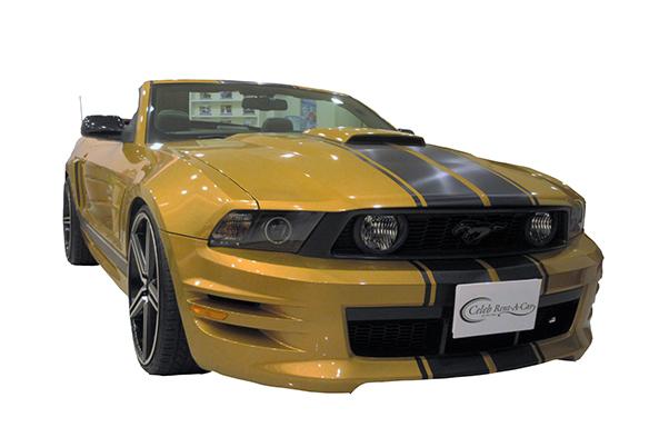 Ford マスタング GT 後期 gold